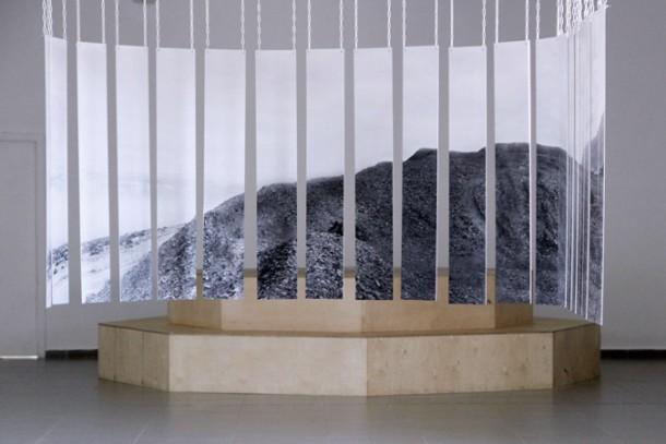 Claire Waffel: Dead Sea, lambda print on aluminium, 4 m x 1,20 m, Jerusalem, 2011